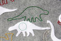 Felt Dinosaur Quiet Time Mat от MonoNoAvare на Etsy