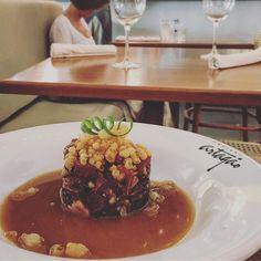 Fomos ao Cozinha Artagão a nova criação do chef @partagao  na foto o Tartare de Atum Falso Toro simplesmente muito bom. Como tudo na casa. Vale a pena recomendamos. #artagao #tartare #atum #gourmet #gourmetadois #comida #foodporn #restaurante #rj #artagao #chef