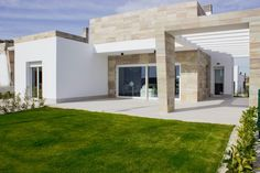 #luxuryproperty surrounded by a superb golf course in #Algorfa #Alicante #CostaBlanca #LaFincaGolf #golflovers #lifestyle #realtor #inmobiliaria