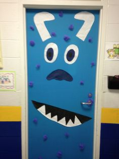 The outside of my classroom door. {Sully classroom door idea -- fun for Halloween!} The outside of my classroom door. {Sully classroom door idea -- fun for Halloween! Halloween Classroom Decorations, School Door Decorations, Halloween Crafts For Kids, Halloween Fun, Classroom Ideas, Monster Party, Monsters Inc Doors, Monster Door, School Doors