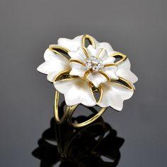 Prsteň na šatku - Kvet zeme - biely
