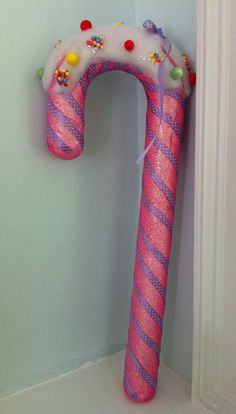 candyland candy cane...more pool noodles...where to get them this late in the season?  hmmmm.....