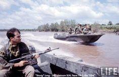 The Brown Water Navy in Vietnam Vietnam History, Vietnam War Photos, Us History, Naval History, Military Photos, Military History, American War, American History, Brown Water Navy