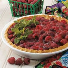 Raspberry Pie with Oat Crust Recipe -A diabetic for 30 years, I adapted this recipe to fit my needs. When I serve this pie, no one can believe it's sugarless. The oatmeal crust is so tender...and the filly is berry delicious!                                 —Ginny Arandas of Greensburg, Pennsylvania