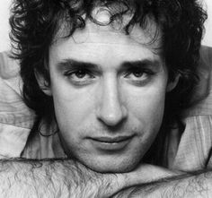 Argentine rock star Gustavo Cerati died on Thursday, four years after a stroke put him in a coma. The old was the former lead singer of the Argentine rock band Soda Stereo. Soda Stereo broke up in 1997 after 15 years, but Cerati continued a succes Soda Stereo, Fuerza Natural, Rock Argentino, Music Rock, Music People, My Favorite Music, Music Lyrics, Perfect Man, Rock Bands