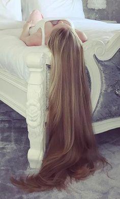 Long beautiful hair fixation #Rapunzel #longhair