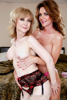 Nina Hartley lesbisk porr