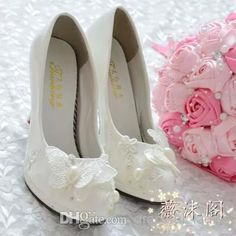 2014 Ivory Wedding Shoes Lace Butterfly Handmade Bridal Shoes Bridal Accessories Rhinestone Wedding Shoes Crystal Women Sandal Platforms, $44.69 | DHgate.com