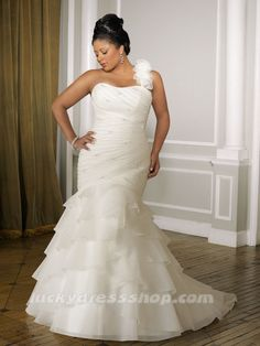 BRIDES AND BEAUTY COMES IN ALL SHAPES AND SIZES plus size bride, plus size bridal, lucky dress shop