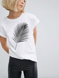 Swans Style is the top online fashion store for women. Shop sexy club dresses, jeans, shoes, bodysuits, skirts and more. Cute Shirt Designs, T Shirt Painting, Shirt Print Design, Wardrobe Basics, T Shirt Diy, T Shirts For Women, Clothes For Women, Cute Shirts, Diy Clothes