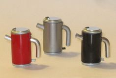 Modern kettle by ELFMiniatures on Etsy, £5.95