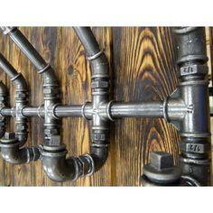 Ręcznie wykonany wieszak żeliwny w stylu loft. Industrial pipe hanger.