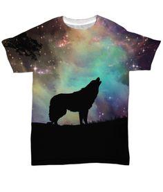 T-Shirt wolf and universe Wolf T Shirt, Halloween 2017, Moose Art, Shirt Designs, Batman, Superhero, Prints, Fictional Characters, Universe
