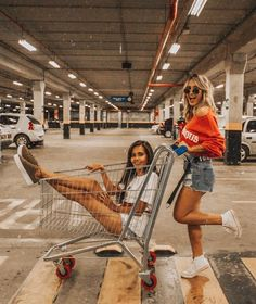 thousand likes, 147 comments – Micheli Fernandes (Micheli Fernandes) on I … – Bff Pins Photos Bff, Best Friend Photos, Best Friend Goals, Bff Pics, Best Friend Dates, Shotting Photo, Best Friend Photography, Cute Friend Pictures, Friend Poses
