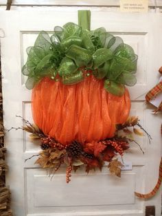 Mesh Pumpkin Wreath