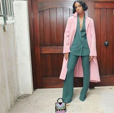 Kelly Rowland is slaying in this Akris suit and Ports1961 coat. Love the colours!