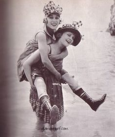 Mack Sennet Bathing Beauties, 1917: Gloria Swanson and Phyllis Haver