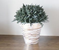 Decorating Flower Pots from Counting Willows | TodaysCreativeBlog.net