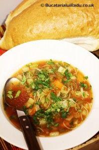 Ciorba de pui cu cartof dulce, telina si fidea. Thai Red Curry, Meals, Ethnic Recipes, Food, Fashion, Moda, Meal, Fashion Styles, Eten