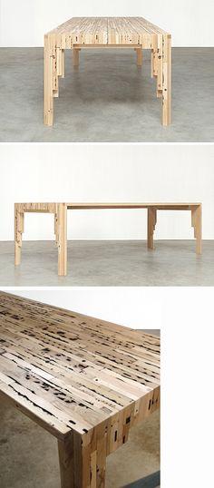 Replex-tafels bestaan uit oude, vaak dierbare meubels, vrijgekomen bij verhuizen of overlijden, die tot een nieuwe persoonlijke grondstof worden verlijmd. Belangrijk is het behoud van de karakteristieke vormen, kleuren, ambachtelijke tradities, geuren en zelfs herinneringen.    Tegelijkertijd is Replex weer blanco en geschikt voor compleet nieuwe toepassingen. Of het nu in zijn pure vorm, of gevuld met bijzonder materialen is, Replex kan volledig naar wens worden verwerkt tot nieuwe meubels…
