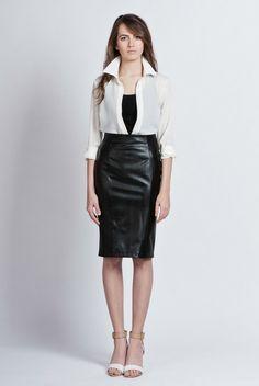 #Eco-leather #skirt with zipper van Lanti via http://nl.dawanda.com/ 27,-