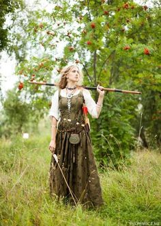 medieval servant woman clothing - Google Search