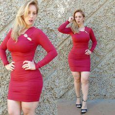 Apaixonada por este vestido. Lacra no corpo sem apertar. Super confortável de malha,  na cor Cereja . Gostaram?
