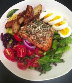 Light and lovely: Roasted Salmon Nicoise Salad. For Phase 3, omit the potatoes.