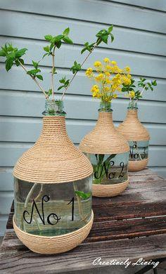 jarras de vino y yute, artesanías caseros de bricolaje, Upcycling reutilización