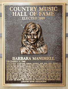 Barbara Mandrell - Inducted in 2009