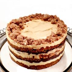Leftover Pretzel cake: Christina Tosi, the pastry chef known for her over-the-top creations like Crack Pie and Compost Cookies is up to her usual bag of tricks with another resourceful recipe. Momofuku Recipes, Momofuku Cake, Chef Recipes, Fun Recipes, Sweet Recipes, Recipe Ideas, Recipies, Healthy Recipes, Beaux Desserts