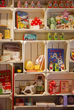 www.guiabarcelona.com | via Flickr | colorful toys
