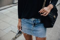 Denim skirt style | Her Couture Life www.hercouturelife.com