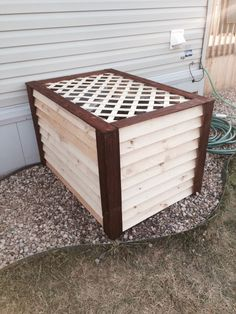 Air Conditioner cover. Ac Unit Cover, Ac Cover, Backyard Projects, Backyard Ideas, Wood Projects, Outside Living, Outdoor Living, Hide Ac Units, Air Conditioner Cover