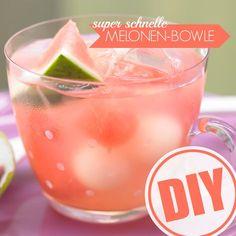 Vormerken für den Sommer! Köstliche Melonenbowle :)  http://eatsmarter.de/rezepte/melonenbowle
