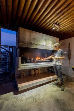 Barbeque Design, Grill Design, Parilla Grill, Parrilla Interior, Outdoor Cooking Area, Commercial Kitchen Design, Building A New Home, Outdoor Kitchen Design, Fireplace Design