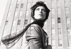 Find the latest shows, biography, and artworks for sale by Cindy Sherman. Cindy Sherman established her reputation—and a novel brand of uncanny self-portrait… White Photography, Fine Art Photography, Portrait Photography, Creative Photography, Editorial Photography, Steve Mccurry, Anne Gedes, Cindy Sherman Film Stills, Cindy Sherman Photography