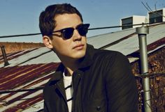 Cris Cab. So in love with his voice<3