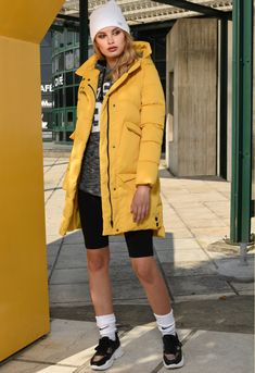 Rain Jacket, Windbreaker, Lady, Jackets, Collection, Fashion, Down Jackets, Moda, Fashion Styles