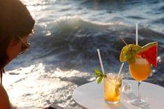 Caprice Bar Mykonos, Travel Destinations & Things to Do In Mykonos #capriceofmykonos #capricebarmykonos #littlevenicemykonos #summerdrinks #summercocktails #aegeansea #cyclades #mykonosgreece #whattodoinmykonos #travelgreece Summer Cocktails, Cocktail Drinks, Rice Bar, Stuff To Do, Things To Do, Mykonos Greece, Greece Travel, Fresh Fruit, Rum