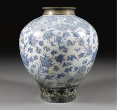 A Monumental Safavid Blue and White Baluster Vase, Persia, 17th Century - Sotheby's