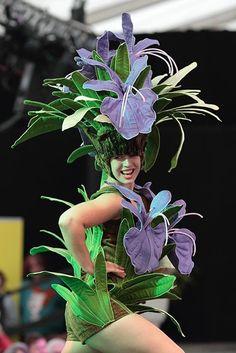 Ellerslie International Flower Show 2014 - Jenny Gillies Costume & Fabric Artist Theatre Costumes, Adult Costumes, Mardi Gras Costumes, Halloween Costumes, Plastic In The Sea, Flower Headdress, Flower Costume, Green Organics, Wonderland