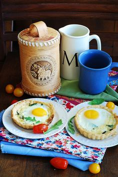 Baked bacon and egg breakfast cups
