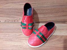 anak sepatu slip on red import