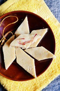Kaju katli recipe with step by step photos. Kaju katli (vegan cashew fudge) recipe or kaju barfi recipe is one of the most sought after Indian sweet recipes. Here is an easy kaju katli recipe for b…
