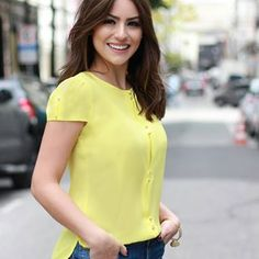 Stylish Inspiration Casual Outfit Ideas for Beautiful Women to Look Attractive Blouse Styles, Blouse Designs, Casual Wear, Casual Outfits, Dress Outfits, Fashion Outfits, Moda Chic, African Dress, Casual Looks