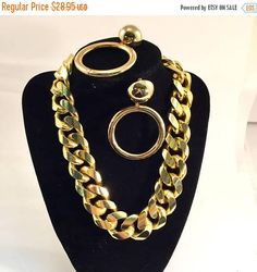 SPRING SALE Chunky chain Necklace Extra thick Gold  80's vintage Necklace and hoop earring michele lynn