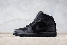 b29e005ddc21 AIR JORDAN 1 MID (TRIPLE BLACK) Nike Heels