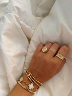 Dainty Jewelry, Cute Jewelry, Luxury Jewelry, Gold Jewelry, Jewelry Accessories, Fashion Accessories, Fashion Jewelry, Jewelry Box, Jewlery