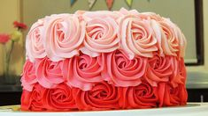 PASTEL DE ROSAS CON BETÚN DE MANTEQUILLA (Ombre Rose Cake Tutorial)